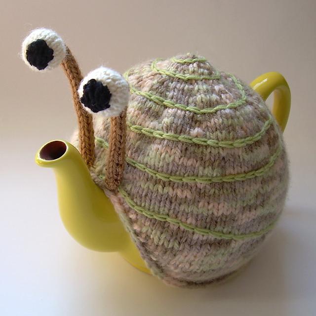 Snail Tea Cosy Pattern03