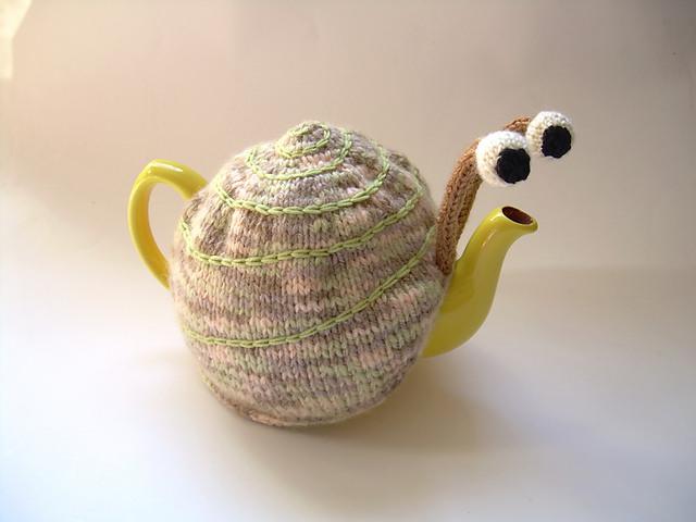 Snail Tea Cosy Pattern04
