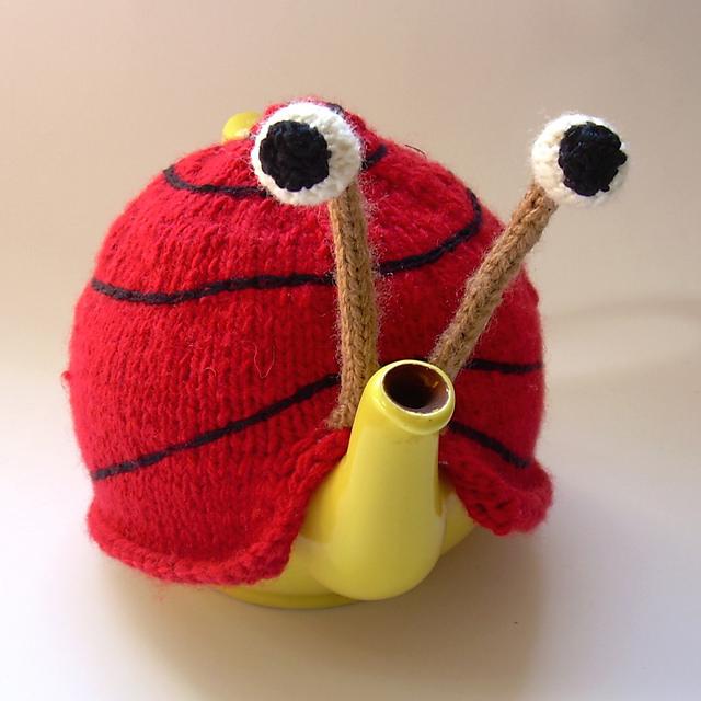 Snail Tea Cosy Pattern05