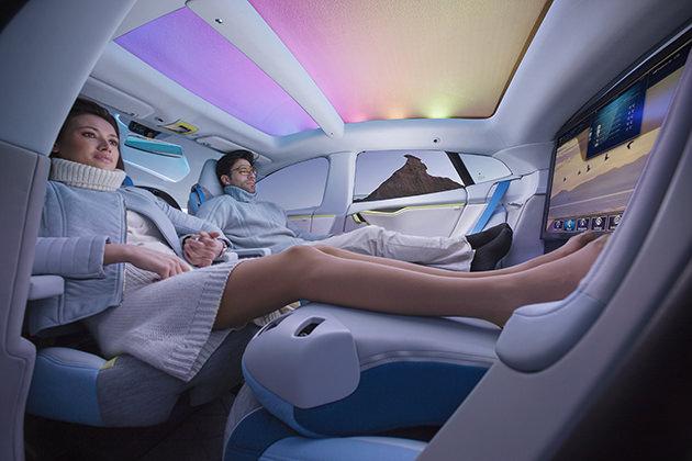 Rinspeed-XchangE-Driverless-Tesla-Model-S-1_mini