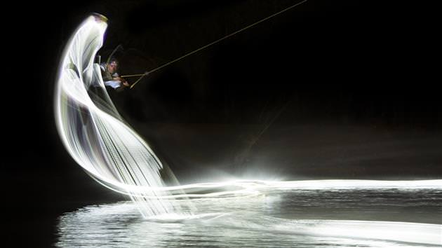 Red-Bull-Light-Painting-Wakeboard-Photo-Series-3_mini