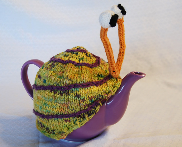 Snail Tea Cosy Pattern02