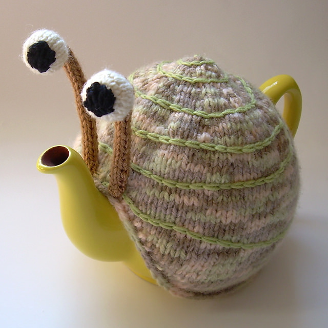 Snail Tea Cosy Pattern03